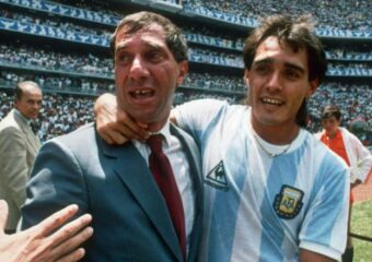 Argentina's '86 World Cup Coach Bilardo Positive For Coronavirus