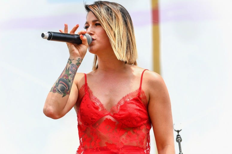 Cassadee Pope Announce Release Date For New Album Rise And Shine