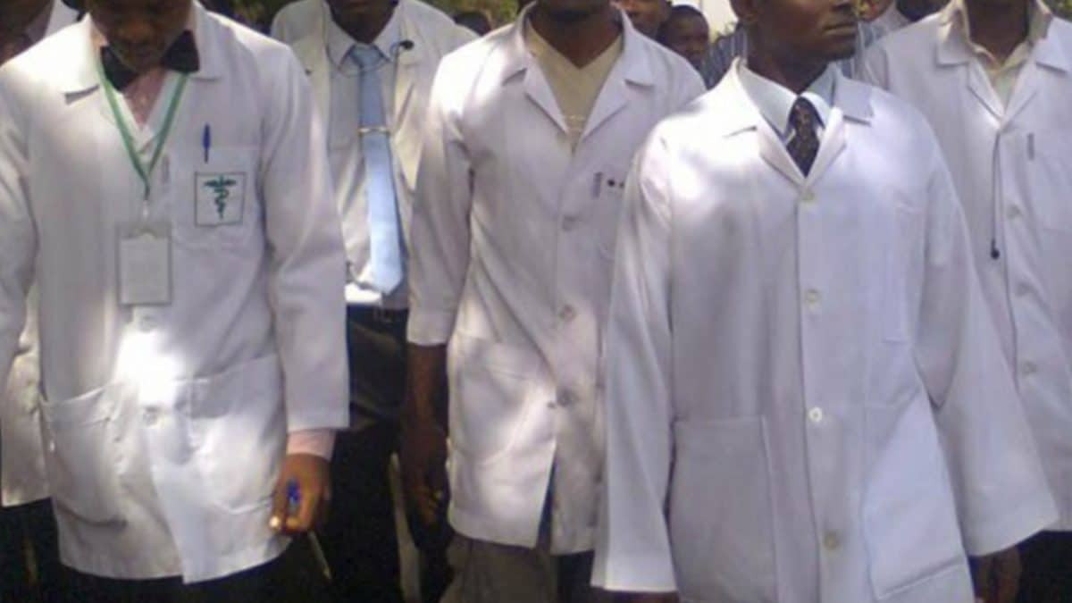 Resident Doctors in Nigeria threaten to go on strike over unpaid COVID-19 allowances
