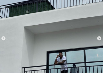 Skiibii shows off his new house to celebrate his birthday (photos)